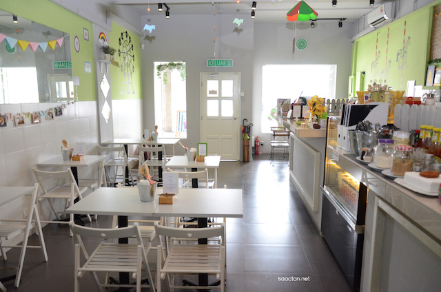 Cutesy, bright and homely decor of WichDay Cafe