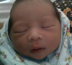 Newborn Dhiya Alexander Tay