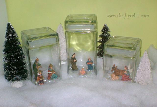 mini-Nativity-set-display