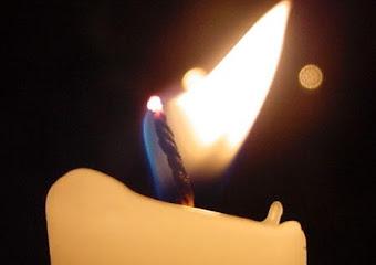 Y me consumo como una vela,