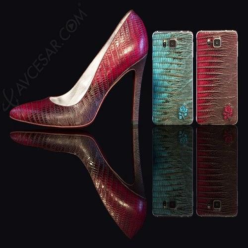 Samsung Galaxy Alpha com capa de couro
