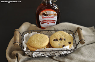 http://www.from-snuggs-kitchen.com/2014/01/ahornsirup-cookies_20.html