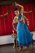 Yenthavaadu gaani movie photos-thumbnail-17