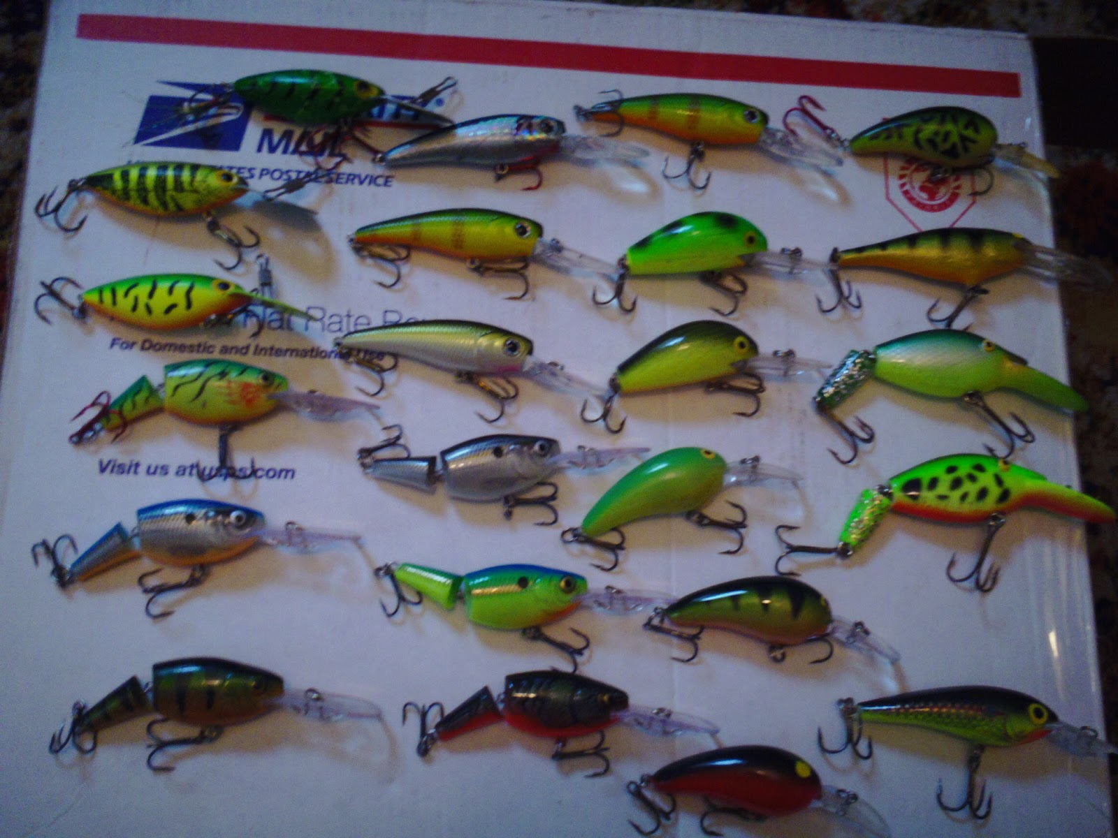 The fishing news fall turnover walleyes for Fall bass fishing lures