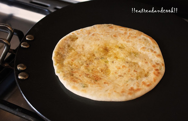 how to cook potato and cauliflower stuffed paratha recipe