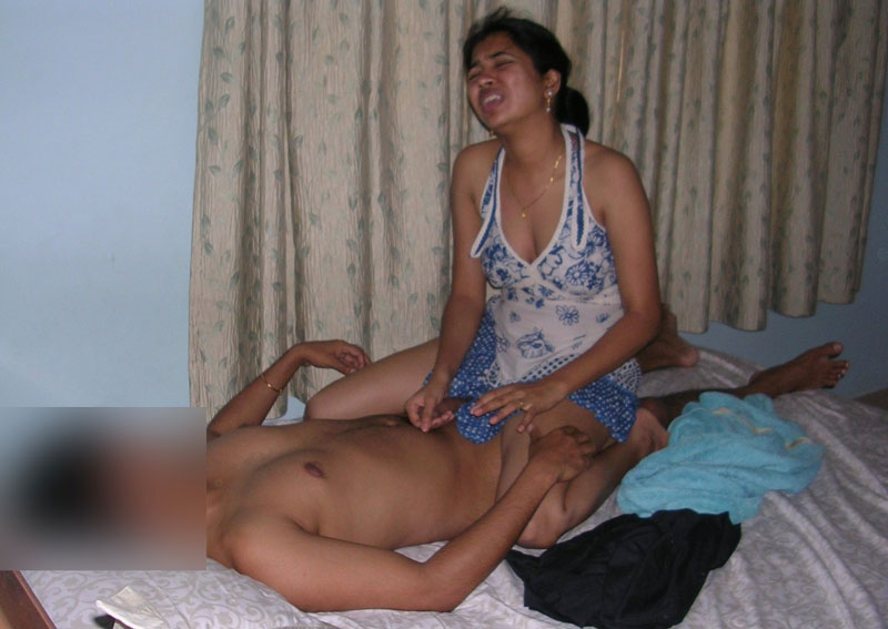 Desi Wife Radha Giving Blowjob And Get Fucked By Hubby Pics