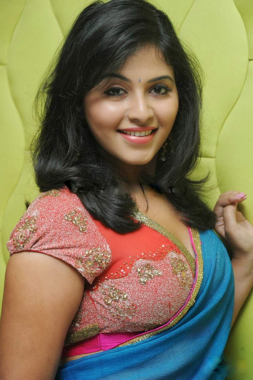 Anjali in saree, south actress Anjali
