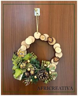 Fuori porta natalizio in legno