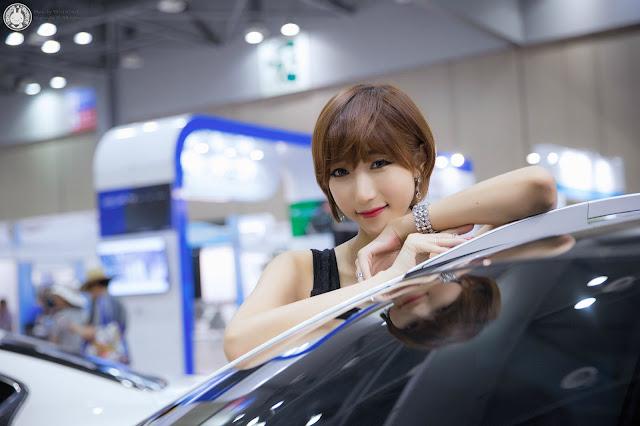 3 Yu Ji Ah - World Consumer Electronics Show - very cute asian girl-girlcute4u.blogspot.com