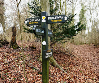 A well signed National Walking Trail, The Ridgeway
