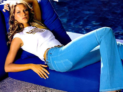 Gisele Bundchen American Model and Actress Pretty Wallpaper-1600x1200