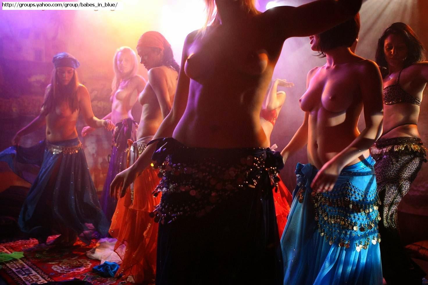erotichnie-tantsi