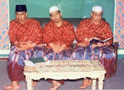 KH.MANSHUR, KH. ULIL ALBAL, KH.ULIN NUHA ARWANI