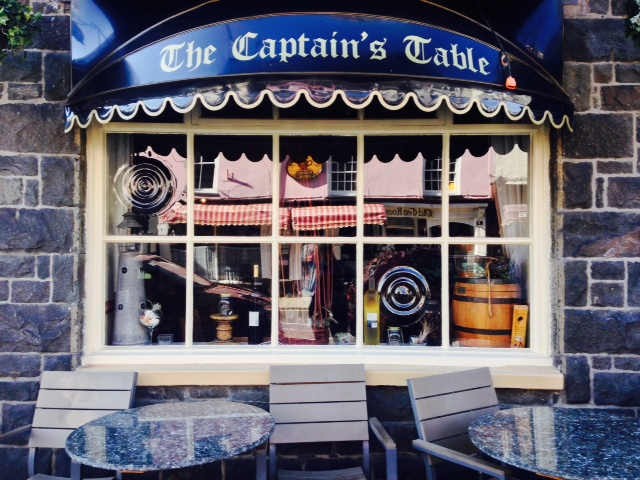 Captain's Table Barmouth