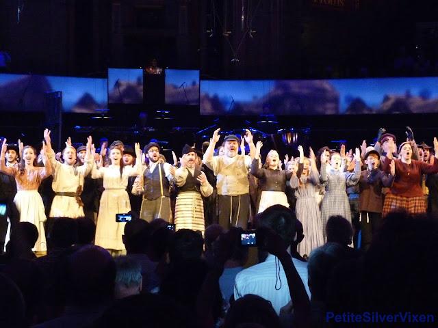 Grange Park Opera & Bryn Terfel, sing 'Tradition' | PetiteSilverVixen