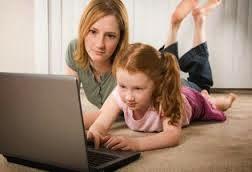 pengawasan orang tua pada anak saat berinternet