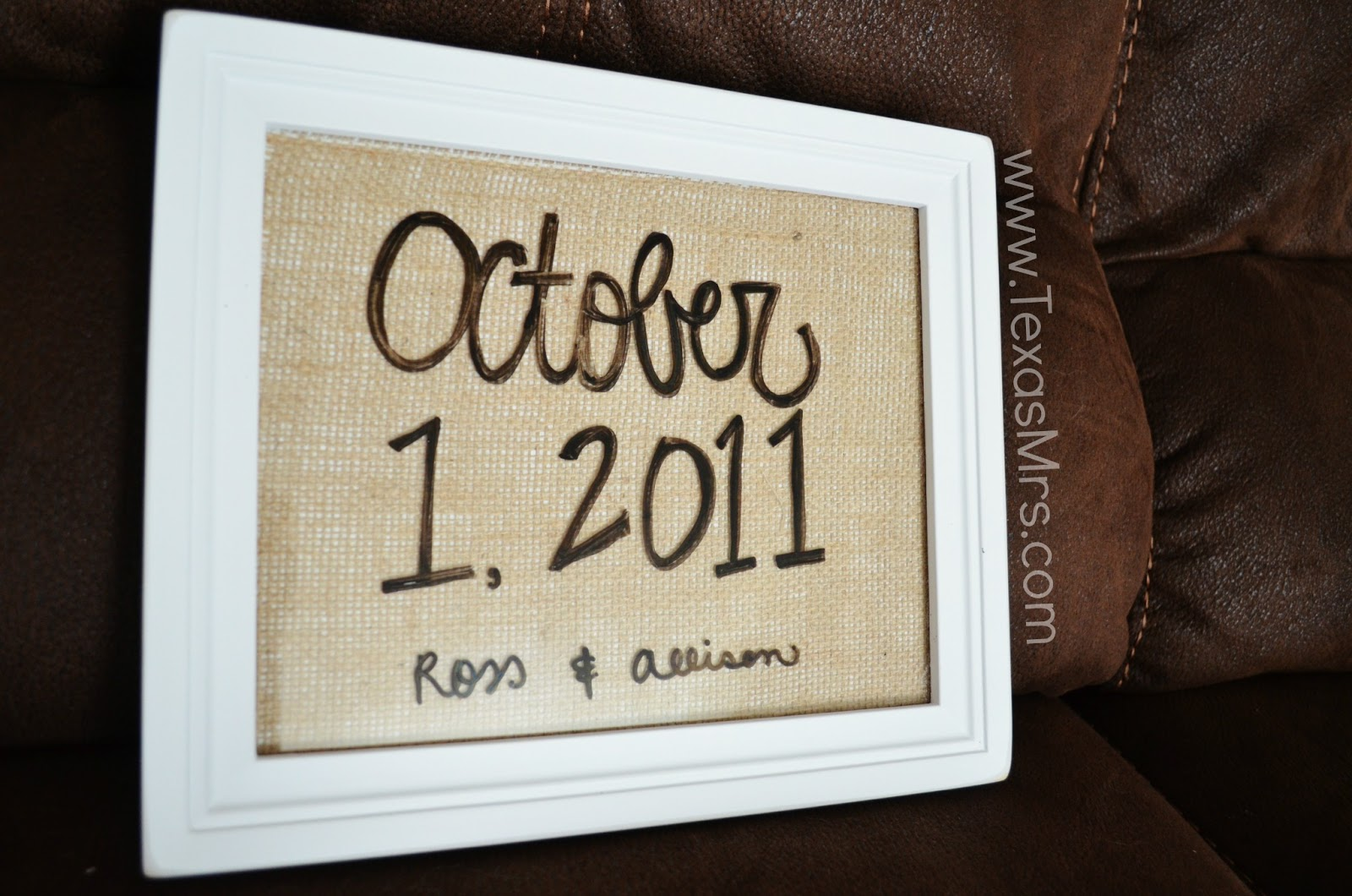 Mrs. Southern Mama: DIY: Dry Erase Picture Frame