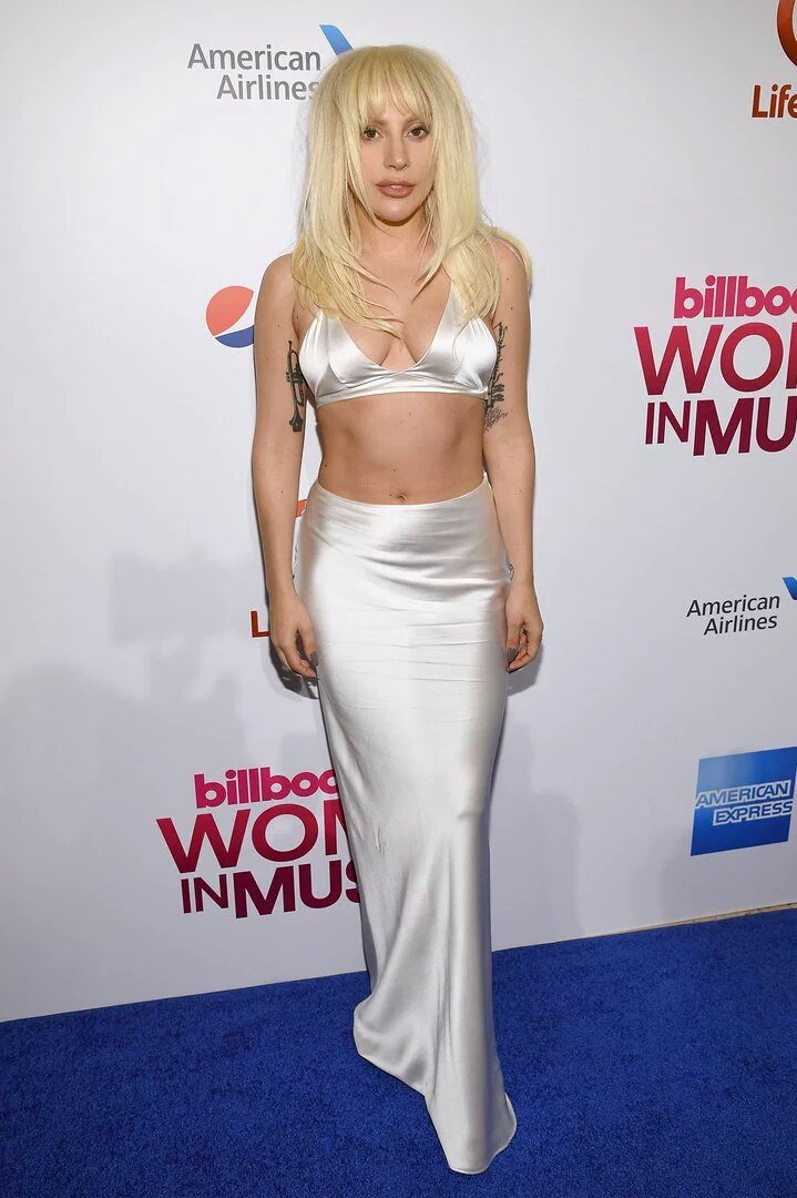 Lady Gaga cantó 'Til It Happens To You' en el Billboard Women In Music
