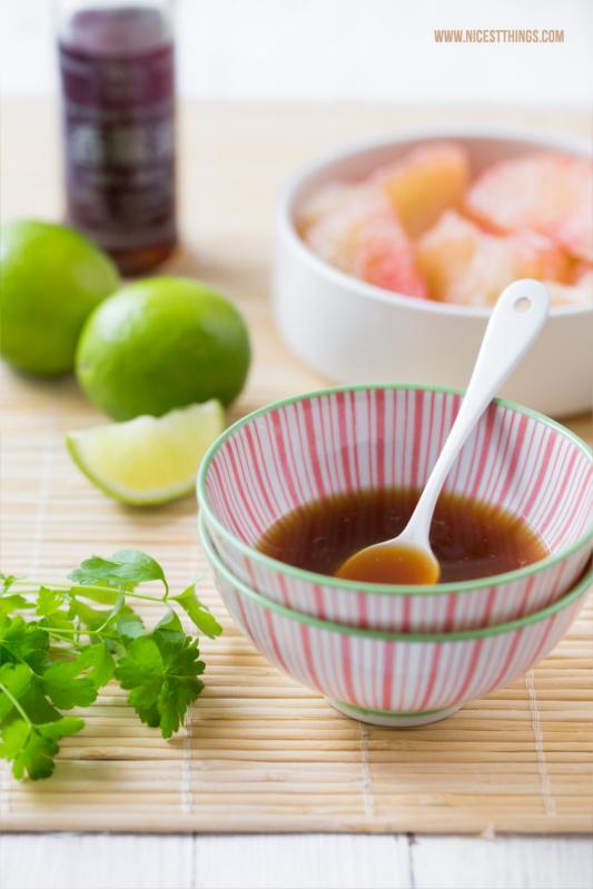 Zutaten für asiatischen Pomelo Salat mit Garnelen