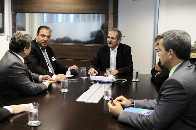 Ministro Aldo Rebelo recebe dirigentes da Federação Palestina-foto1
