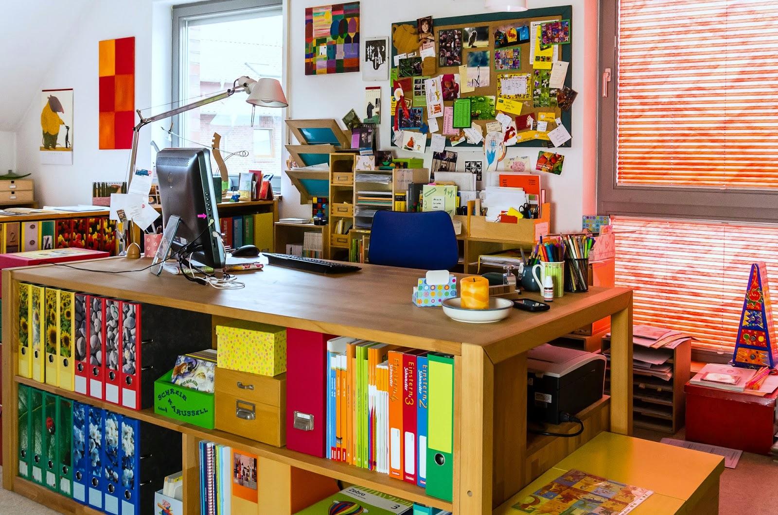 lernst bchen ber das lernst bchen. Black Bedroom Furniture Sets. Home Design Ideas