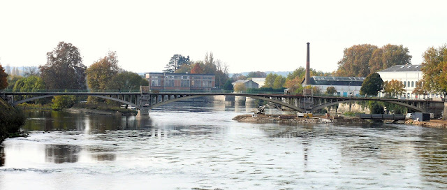 Châtellerault Pont Camille Hogues