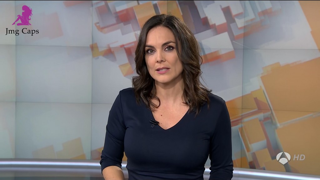 MONICA CARRILLO, ANTENA 3 NOTICIAS (12.12.15)