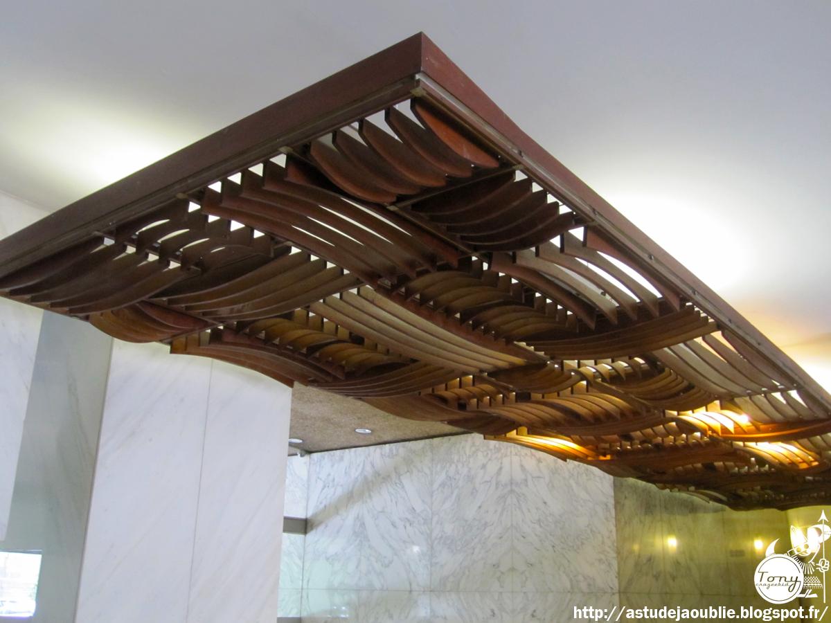 paris hall d 39 immeuble 1963 l 39 oeuf centre d 39 etudes. Black Bedroom Furniture Sets. Home Design Ideas