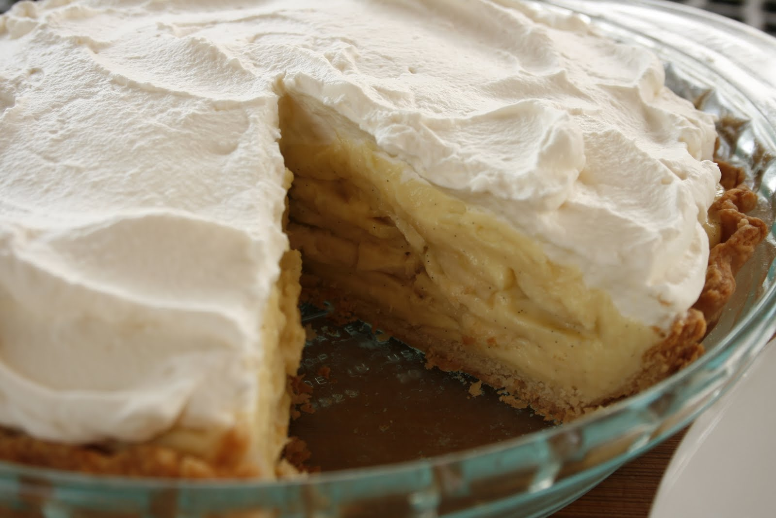 Laura's Sweet Spot: Banana Cream Pie