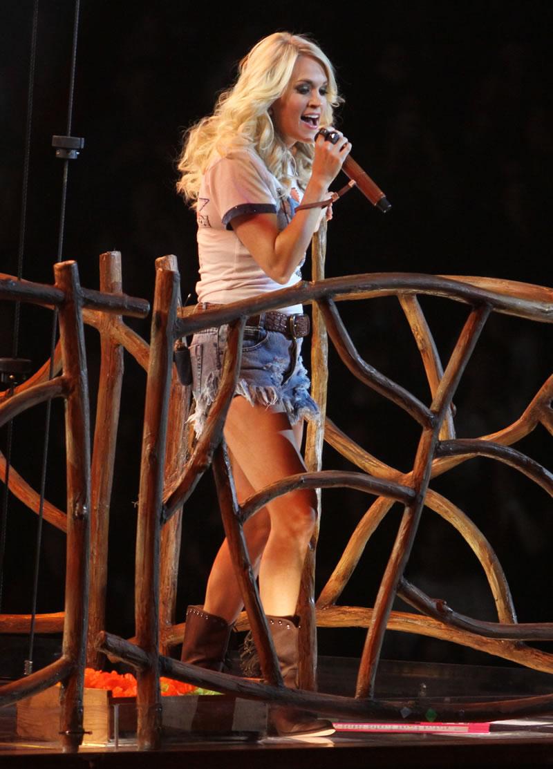 Carrie underwood upskirt panties sorry, does
