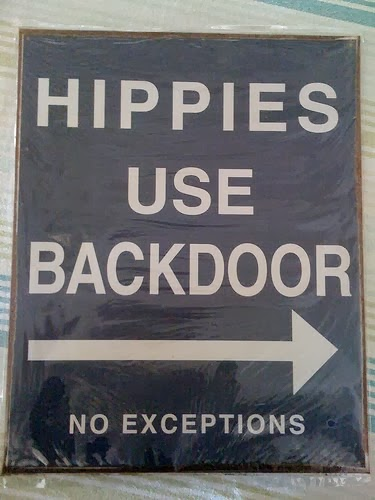 OLD HIPPIES LIVE HERE