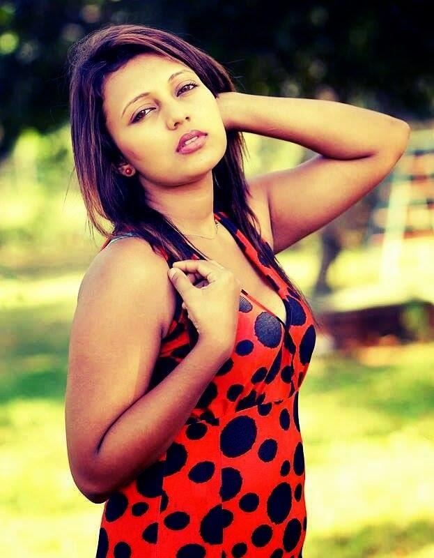 Shani Shenaya Wickremasinghe sexy