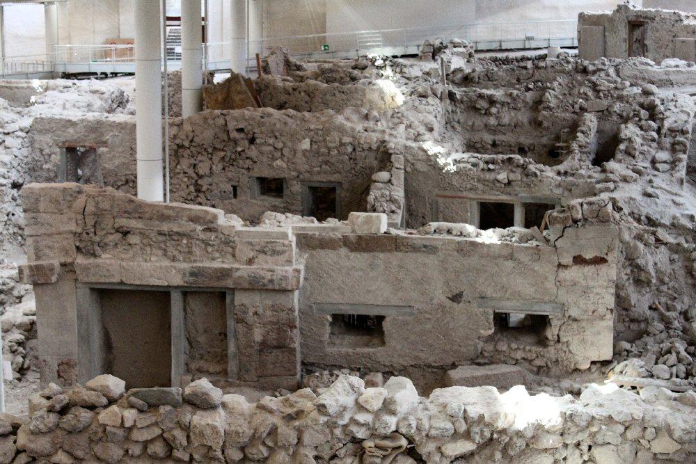 Santorini: Akrotiri - Ancient Thera