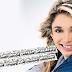 """Soraya Moraes lança versão brasileira de """"Happy"""", de Pharrel Williams"""