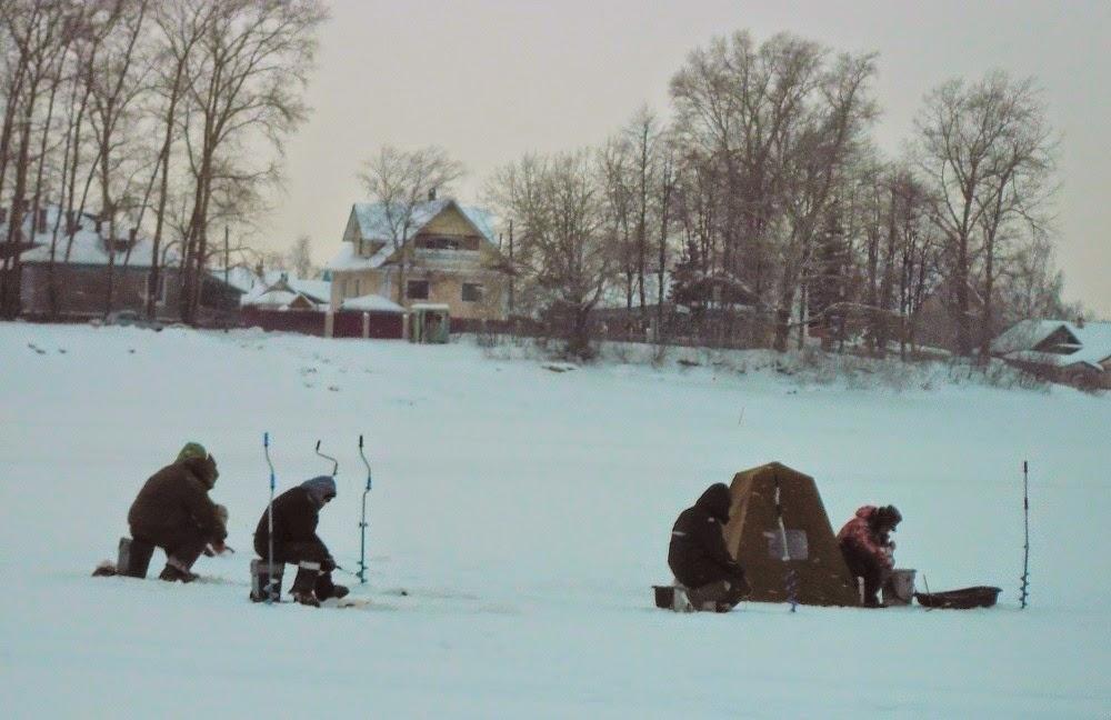Зимняя рыбалка. Защита от ветра на зимней рыбалке