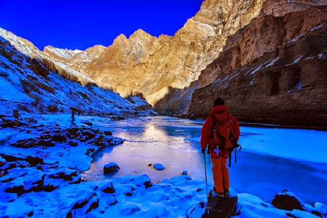 Chadar frozen river trek is an extremely glamorous trek