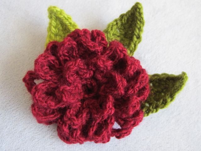 Wind Rose Fiber Studio: Zinnia Flower ~ Free Crochet Pattern
