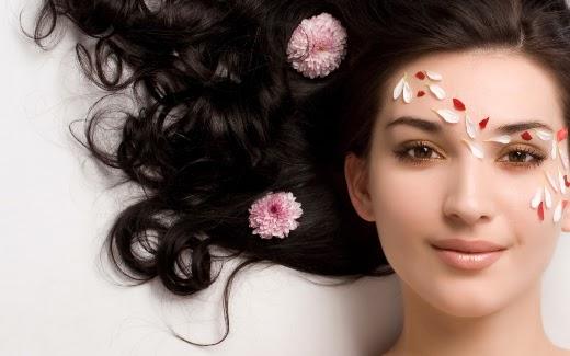 đắp mặt nạ tự nhiên chăm sóc da tại Tít Mi