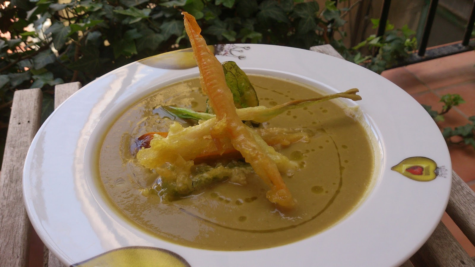 Ya s qu cocinar crema de garbanzos con verduras en for Cocinar alcachofas de bote