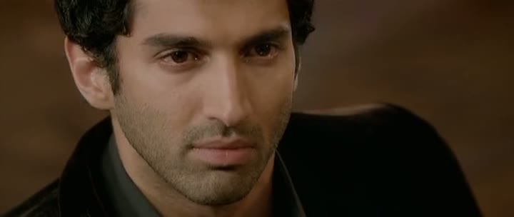 Screen Shot Of Hindi Movie Aashiqui 2 2013 300MB Short Size Download And Watch Online Free at worldfree4u.com