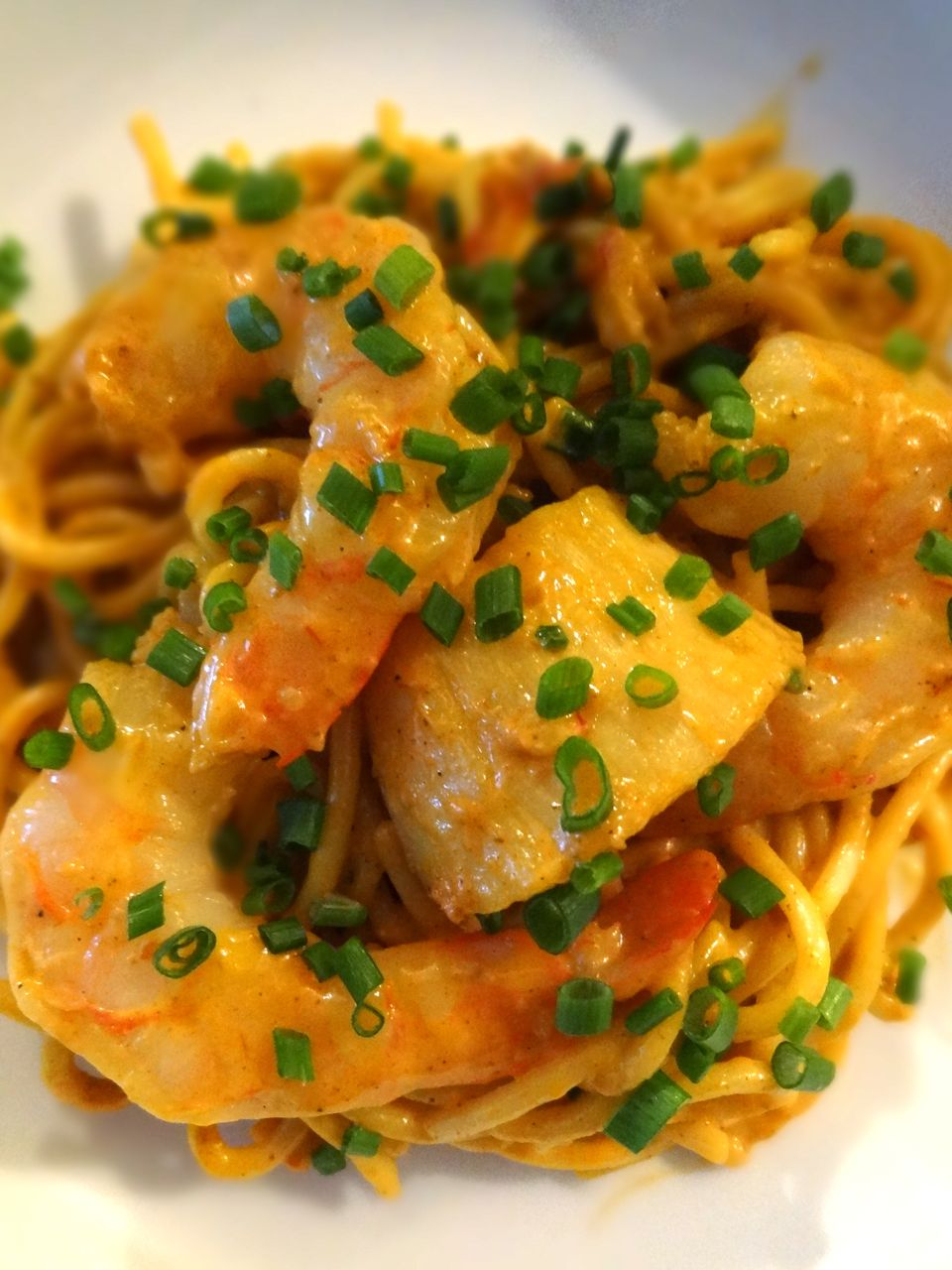 Scrumpdillyicious: Lobster, Shrimp & Scallop Newburg Pasta