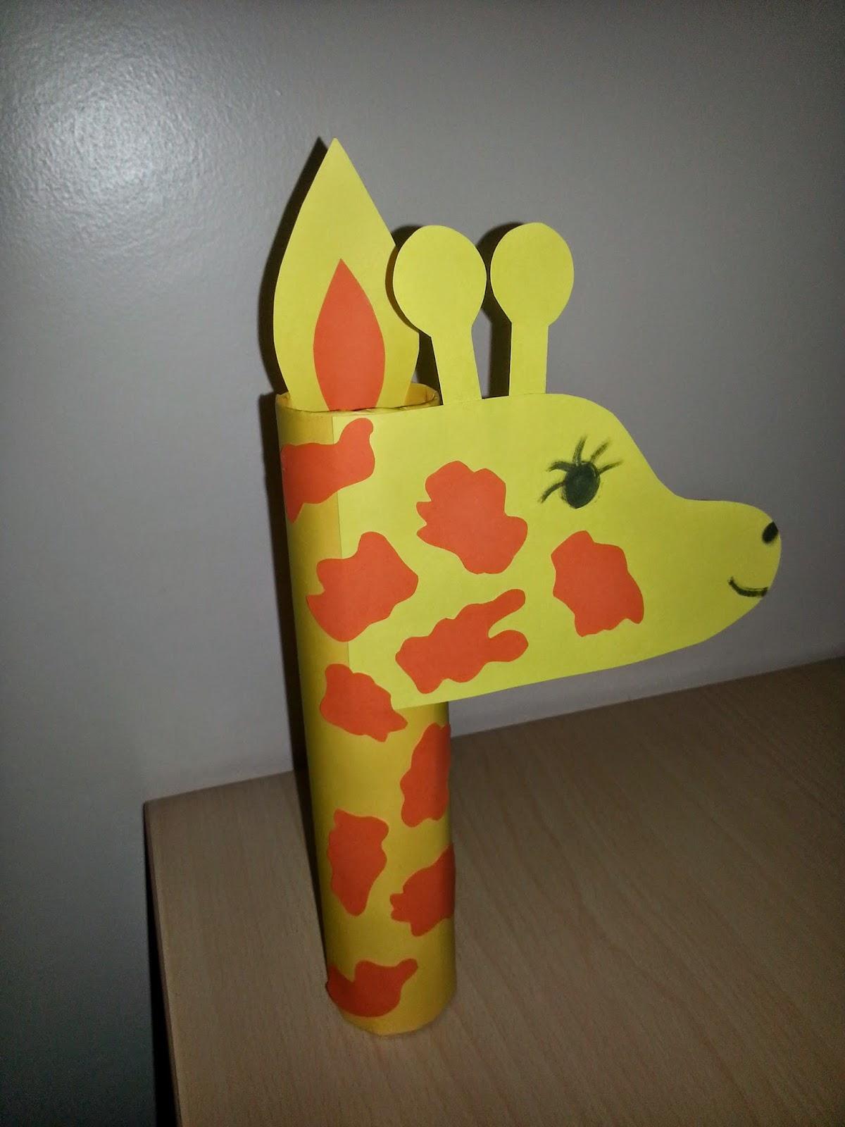 Cd ve Eva Kağıdı ile Zürafa Yapımı
