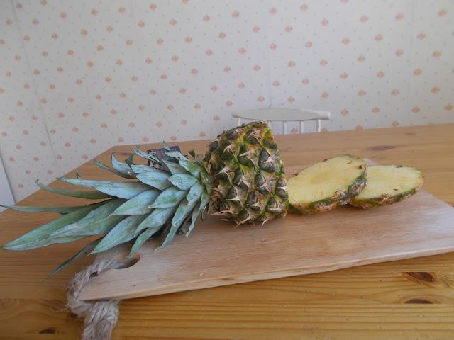 Luomu ananas