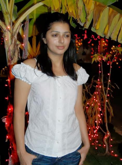 Bhumika Chawla In Jeans