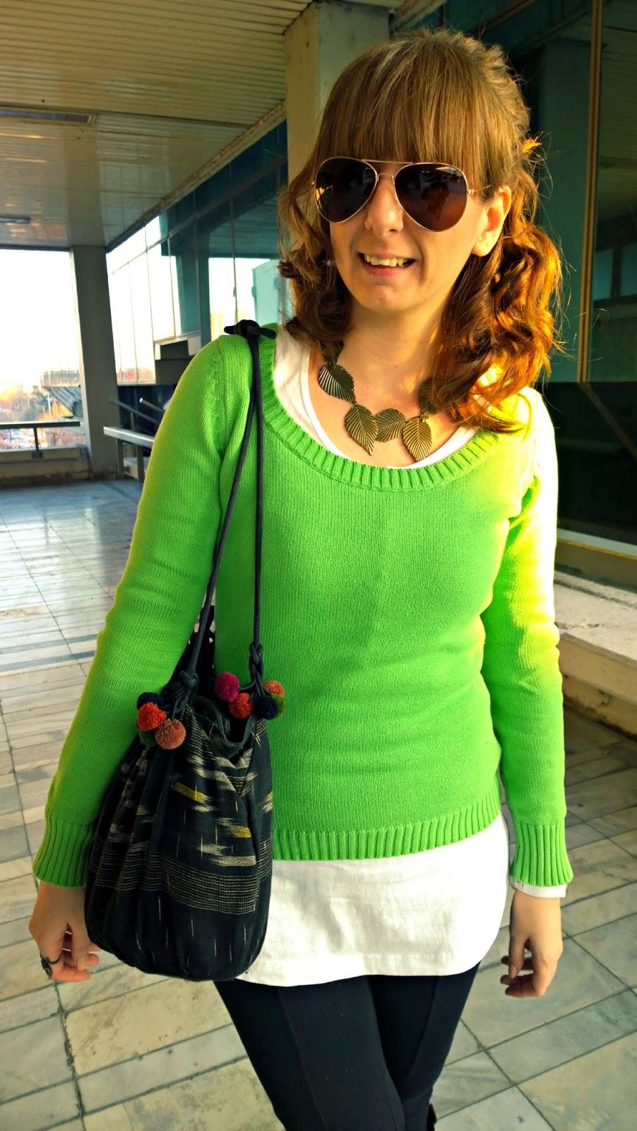 http://sanjaburgundy.blogspot.com/2015/03/green-apple.html