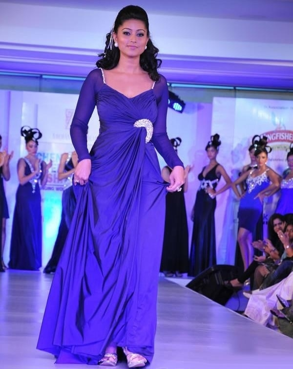 Actress Sneha Gallery gallery pictures