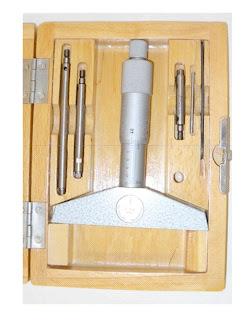 mechanický mikrometrický hloubkoměr