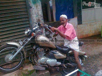 Funny Bike Wheeling