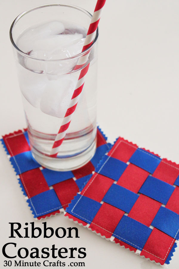 Patriotic Ribbon Coasters | 20 Crafts for the 4th of July - Independence Day DIYs | directorjewels.com