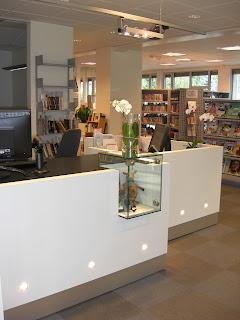 Skranken hos Ringsaker bibliotek, avdeling Moelv